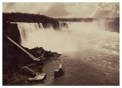 A photo of Horseshoe Falls circa 1895 on albumen silver print by William Notman & Son studio.